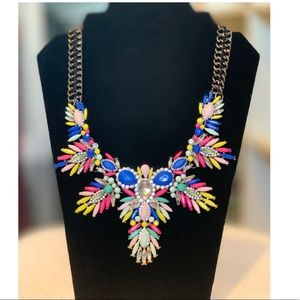 Jewelry - Multi color Summer flora statement necklace